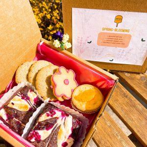 .Spring-Blooming Gift Box