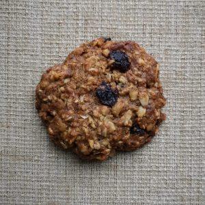 Walnut Oatmeal Currant Cookie (Vegan)